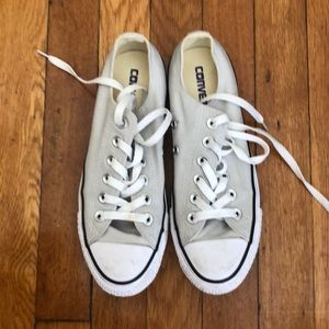 Converse Chuck Taylor Low Top Sneakers